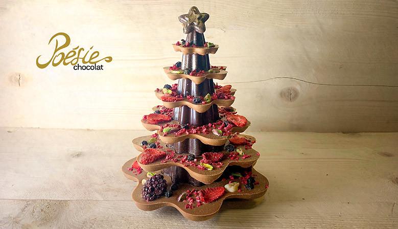 Alberello di Natale in cioccolato con frutta